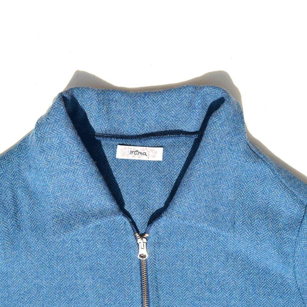 Blaue Wolljacke